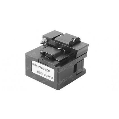 Fibre optic high precision cleaver tool.